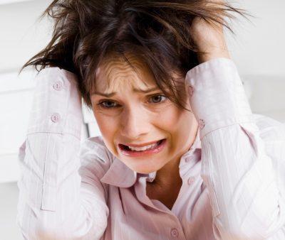 Стрессы и повышенные эмоции;