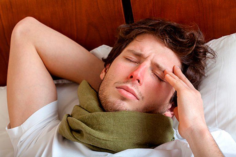 Болит голова при насморке — что делать?