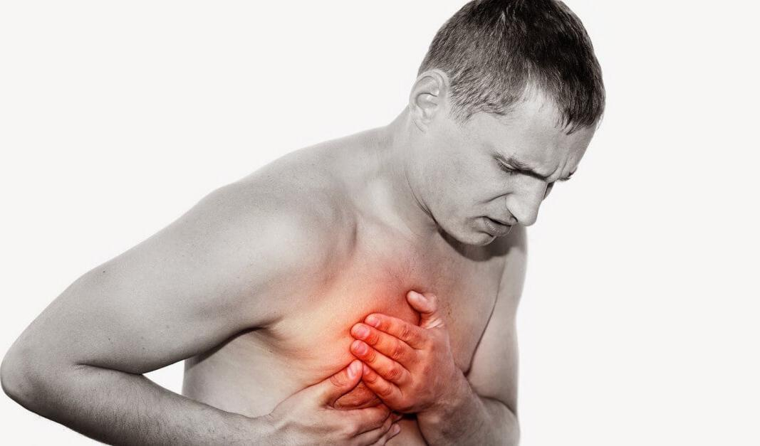 Боль в правой стороне грудной клетки