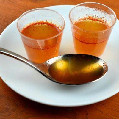 Водку с мёдом и перцем