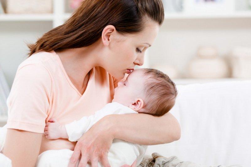 Что можно от кашля при грудном вскармливании, чем лечить кашель у кормящей мамы?