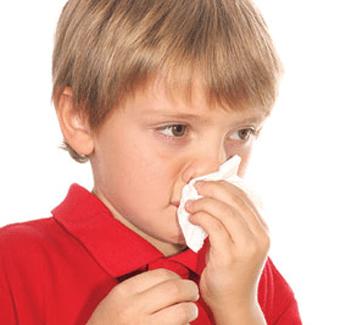 Ребенок ушиб нос