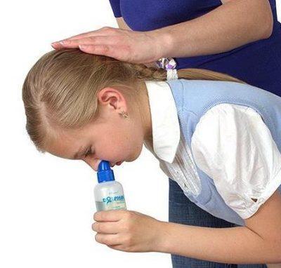Промывание носовой полости у ребёнка