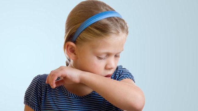 Ребенок постоянно кхыкает горлом – что делать и как лечить 2019
