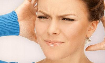 Аутофония у женщины