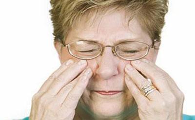 Давление в области пазух носа