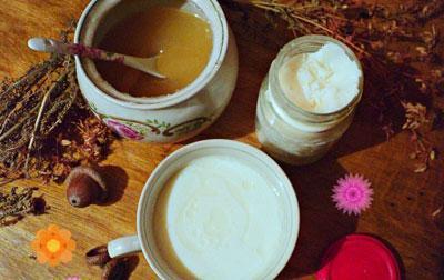 Козий жир с прополисом и медом