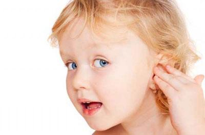 Ребёнок плохо слышит