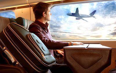 Парень в самолете