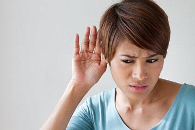 Причины шума и заложенности в ушах