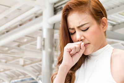Что делать если щекочет в горле и вызывает кашель