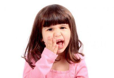 Боль в зубах у ребенка