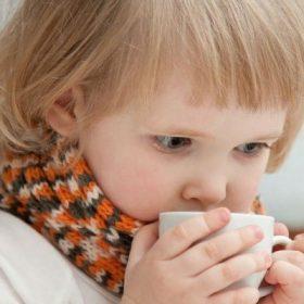 Лечение кашля щелочным питьём
