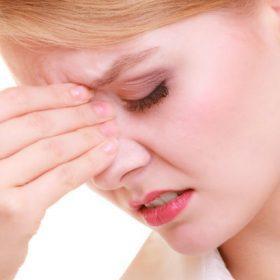 Причины, симптомы и лечение сухости в носоглотке