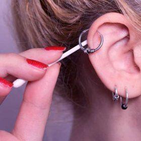 Почему гноятся уши от серёжек